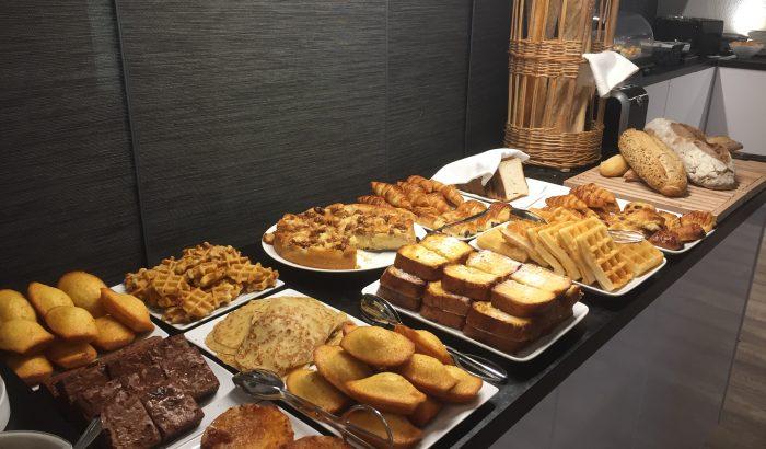Hôtel Spa Les Alpes Gréoux Les Bains buffet petit déjeuner