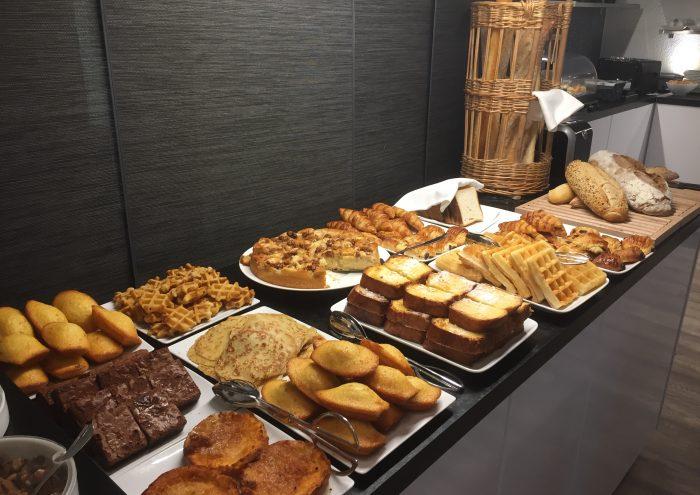Hôtel des Alpes Gréoux Les Bains buffet petit déjeuner