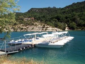 Location de bateau électrique sur le lac d'Esparron et Sainte Croix du Verdon