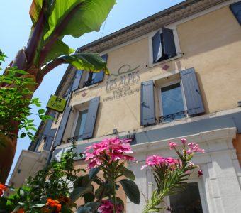 Logis Hôtel SPA Les Alpes Gréoux les Bains